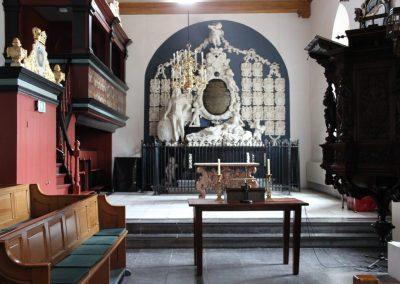 Midwolde, Kerk