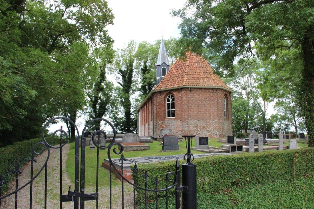 Kerk Den Ham
