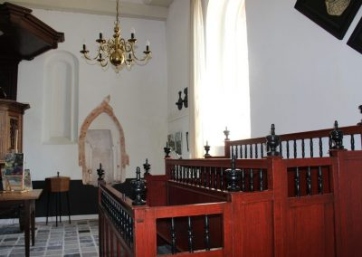 Nuis, Kerk